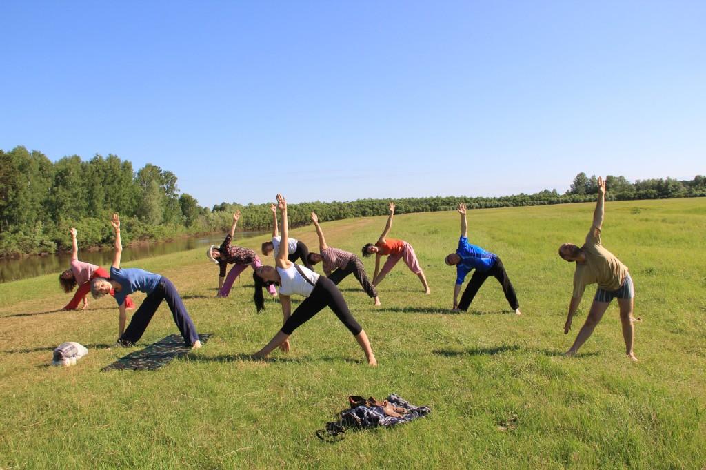 Утренняя йога в Окунево